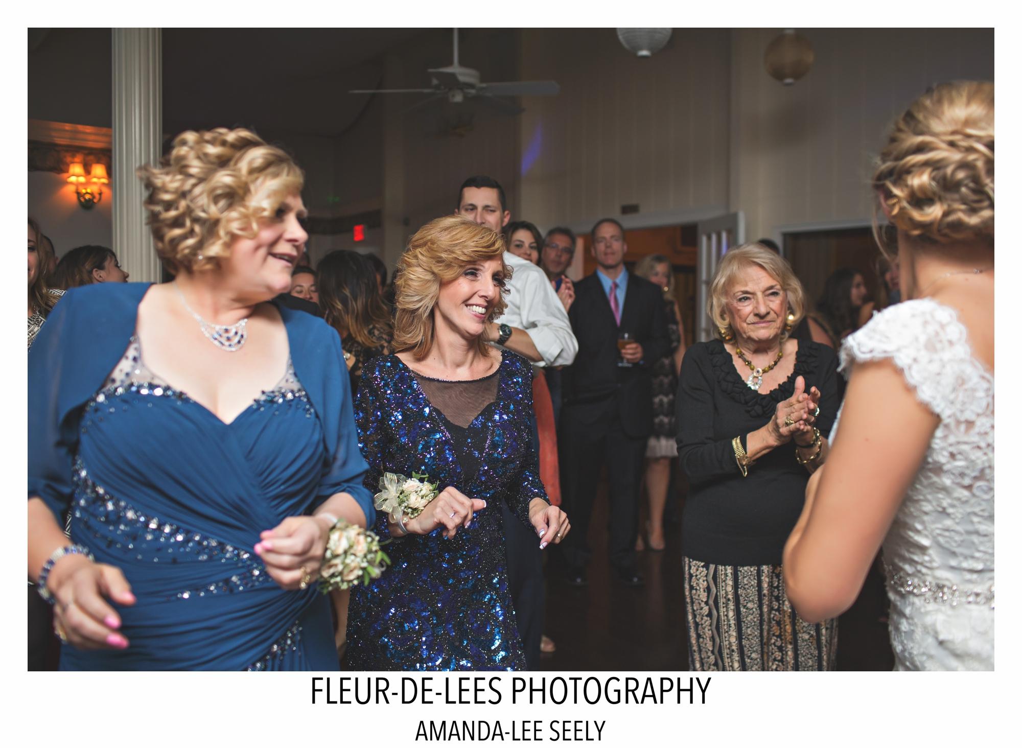 blog-sarah-and-steve-wedding-113