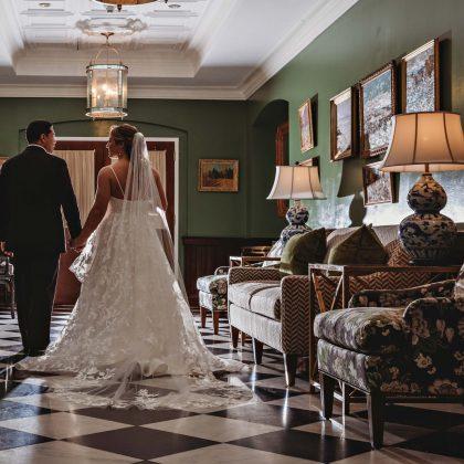 Laura and Anthony's Elegant Wedding. The Heritage Club. Old Bethpage, NY. Long Island Wedding Photographer.